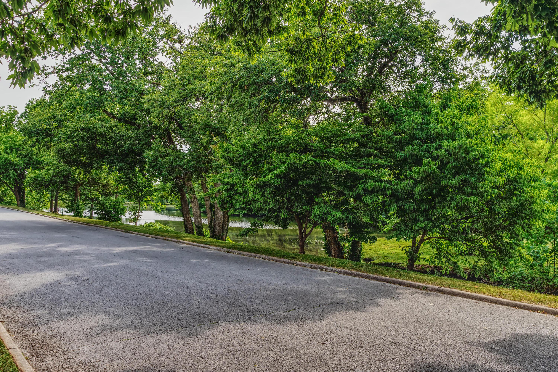 2510 South Edgewater Drive Springfield, MO 65804