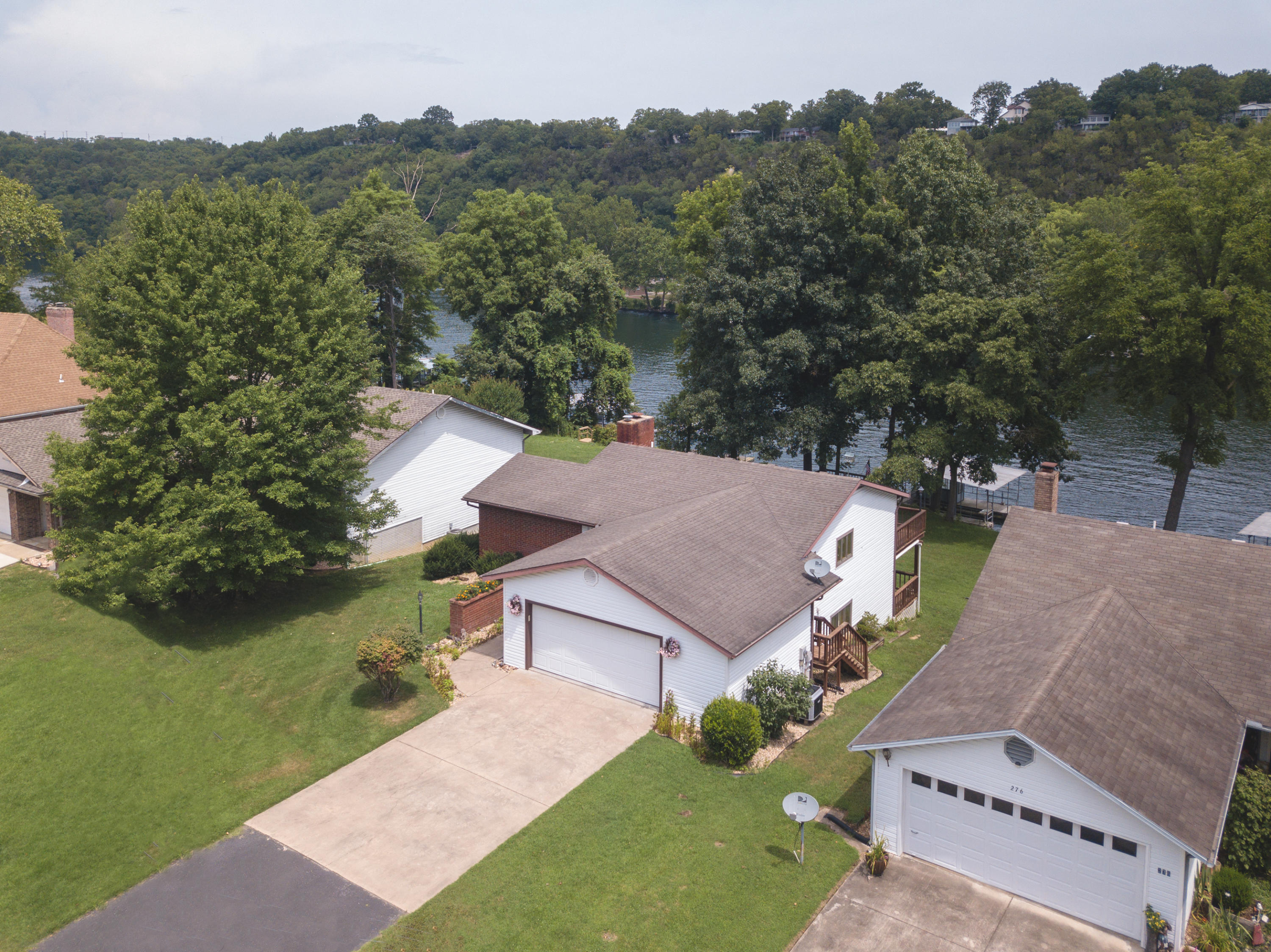 282 Michael Avenue Hollister, MO 65672
