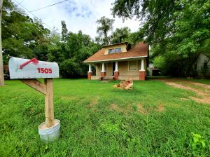 1505 West Hovey Street, Springfield, MO 65802