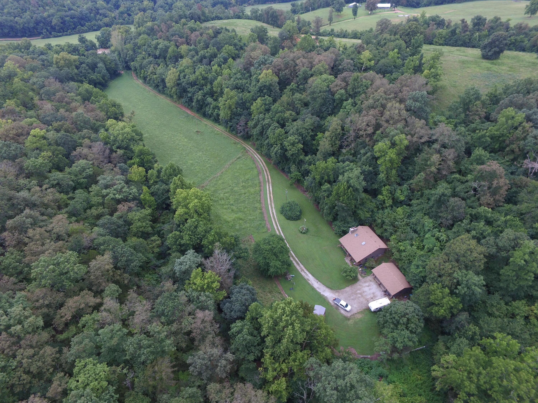 2474 Farm Rd 2290 Seligman, MO 65745