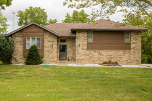 1731 West Riverfork Drive, Nixa, MO 65714