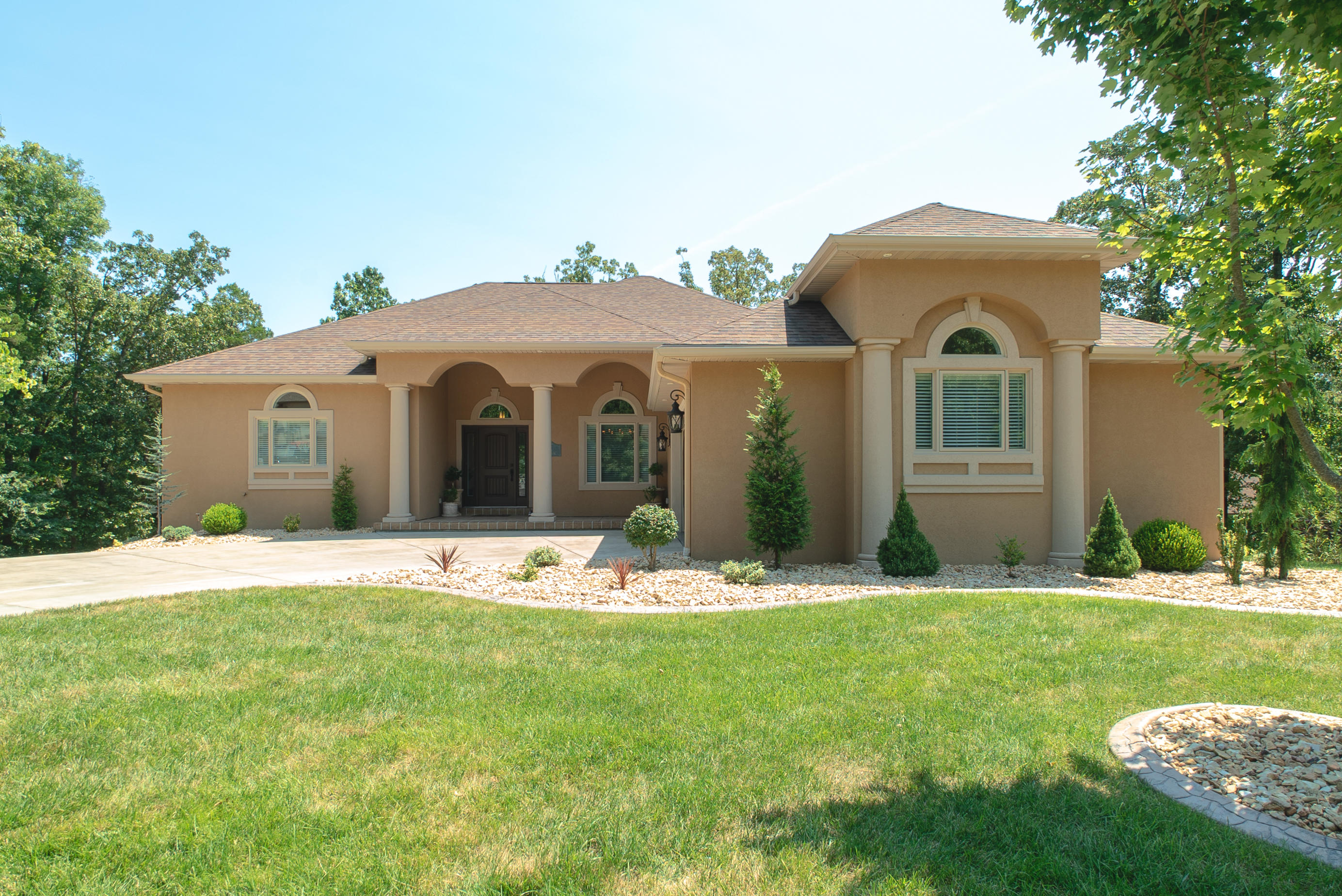 115 Beth Page Court Branson, MO 65616