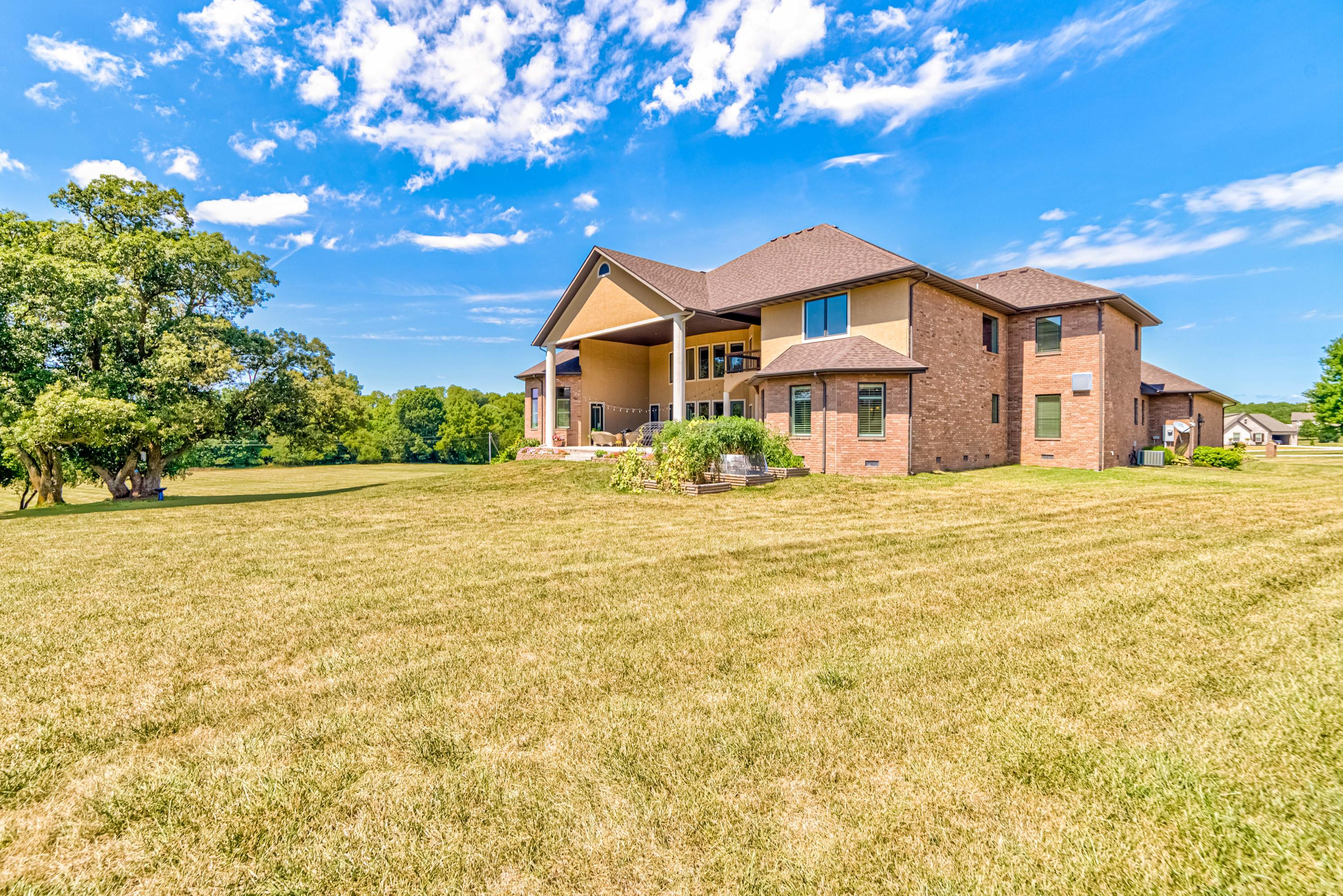 7512 West Turkey Hatch Lane Willard, MO 65781