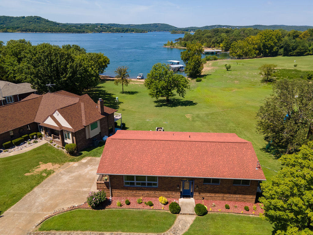 204 Potential Drive Hollister, MO 65672
