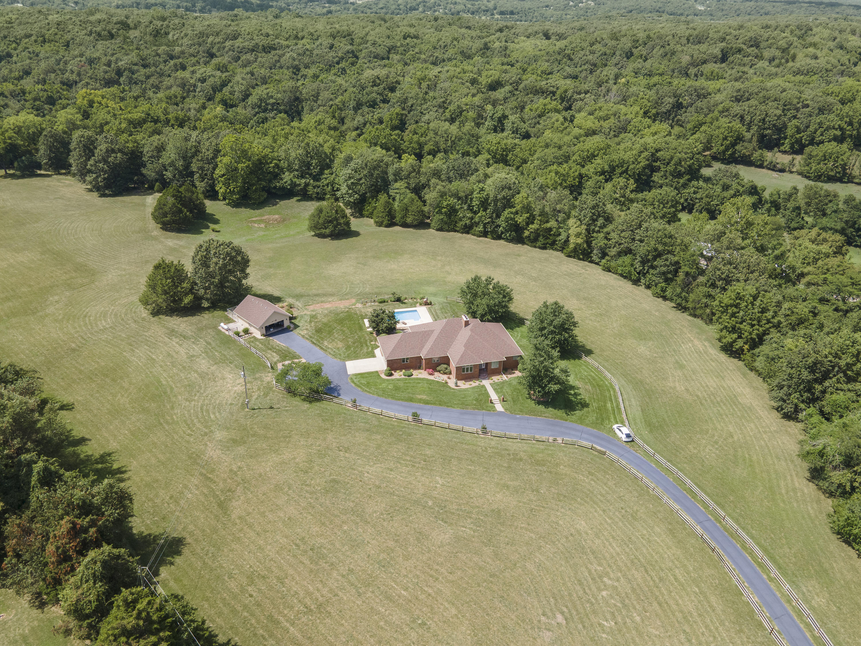 4037 State Hwy J Rogersville, MO 65742