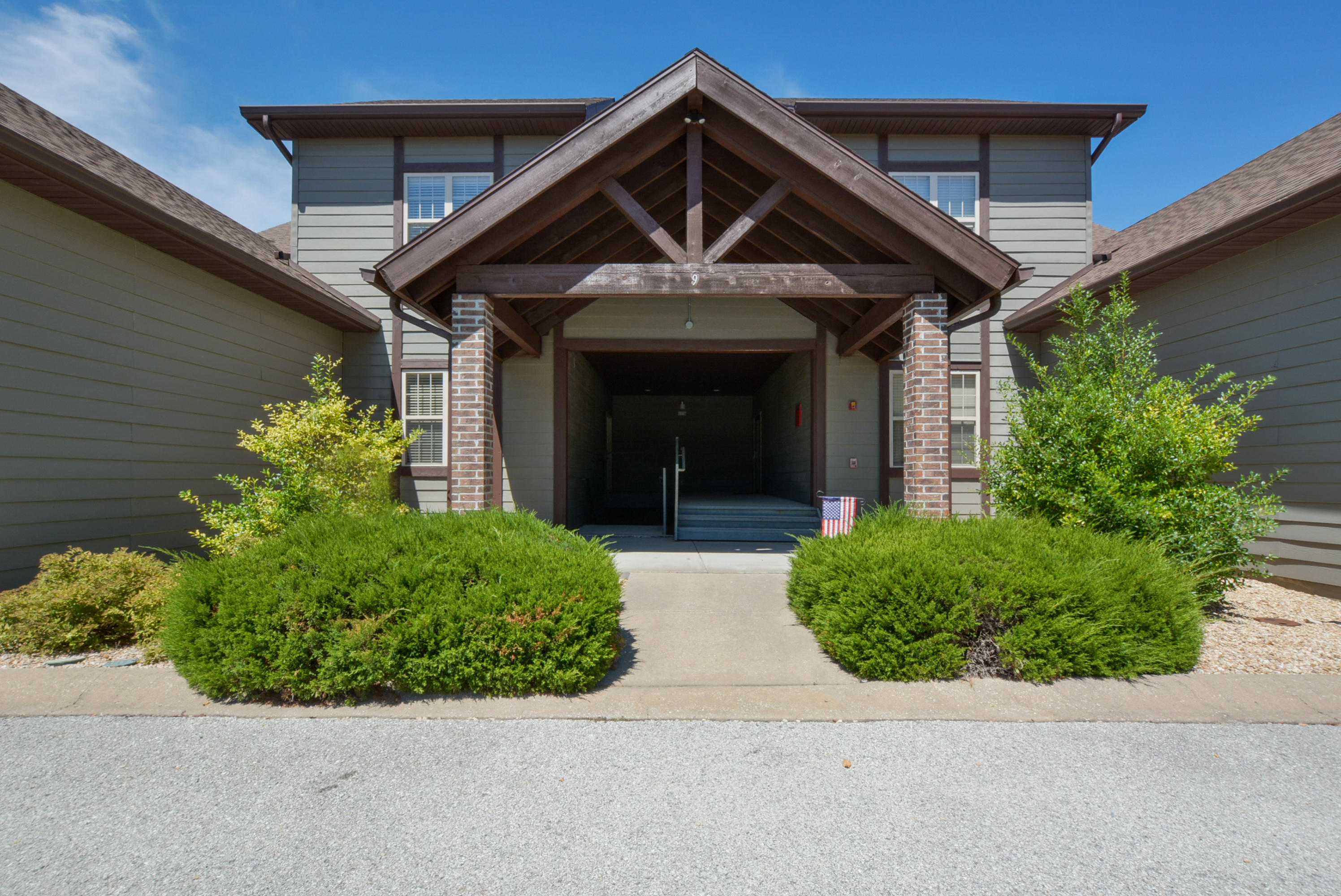 9 Bunker Drive UNIT 3 Branson West, MO 65737