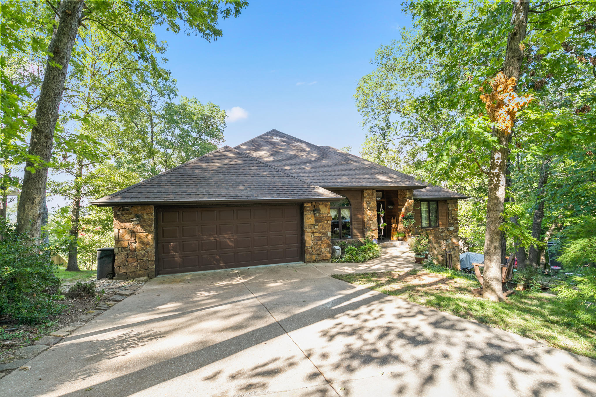 425 Silverbridge Lane Kimberling City, MO 65686