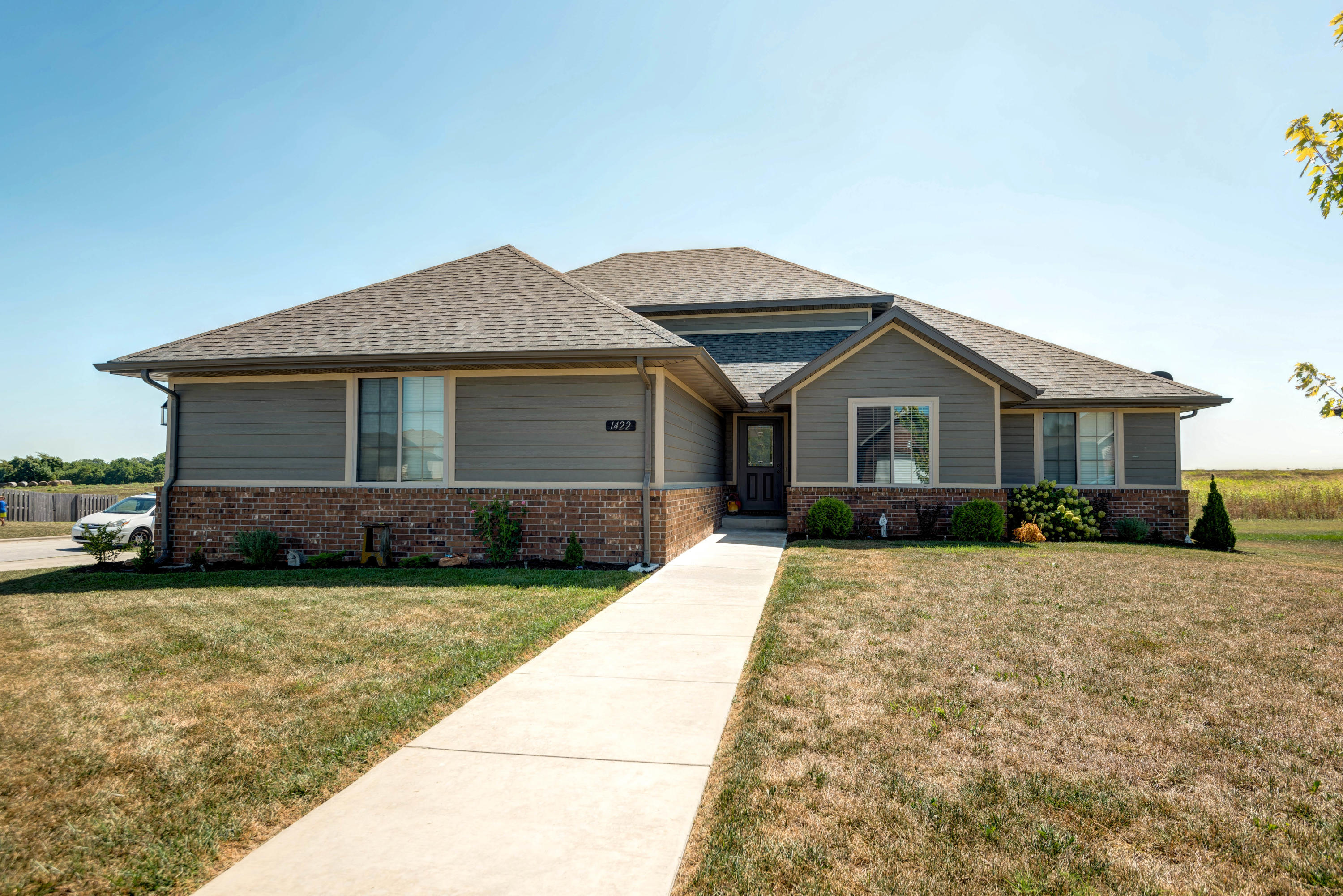1422 South Antietam Road Republic, MO 65738