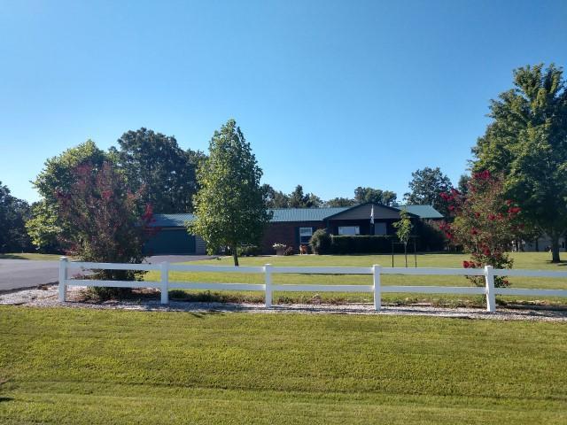 281 Lake Ranch Road Kissee Mills, MO 65680