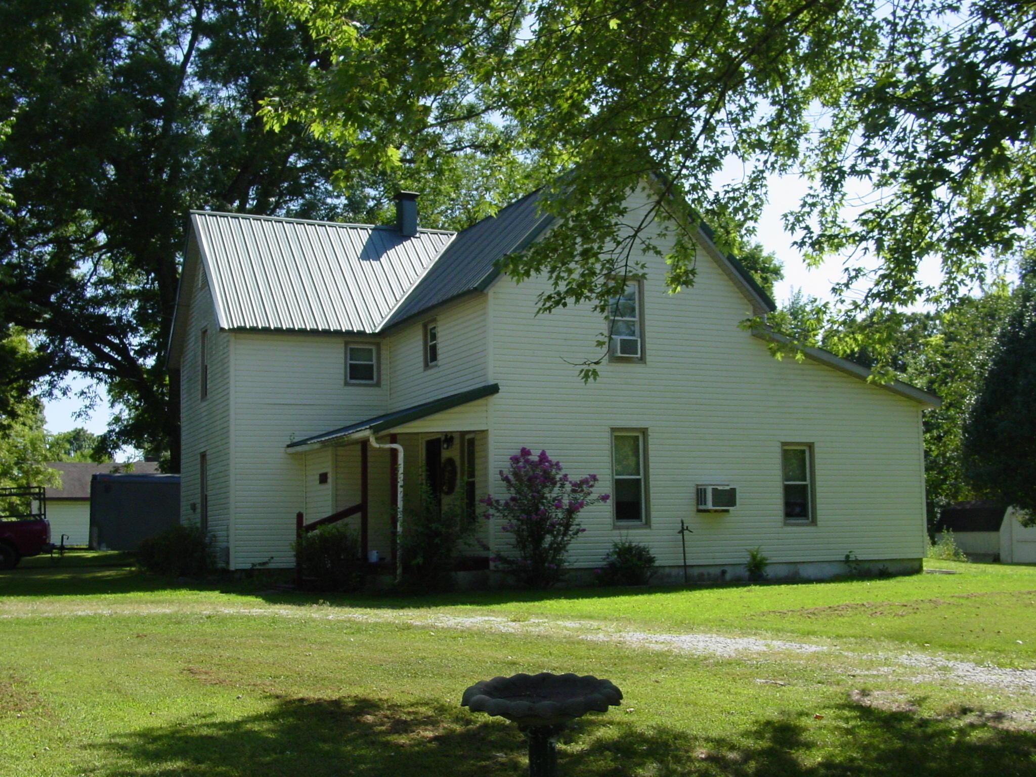 605 South Hemphill Avenue Crane, MO 65633