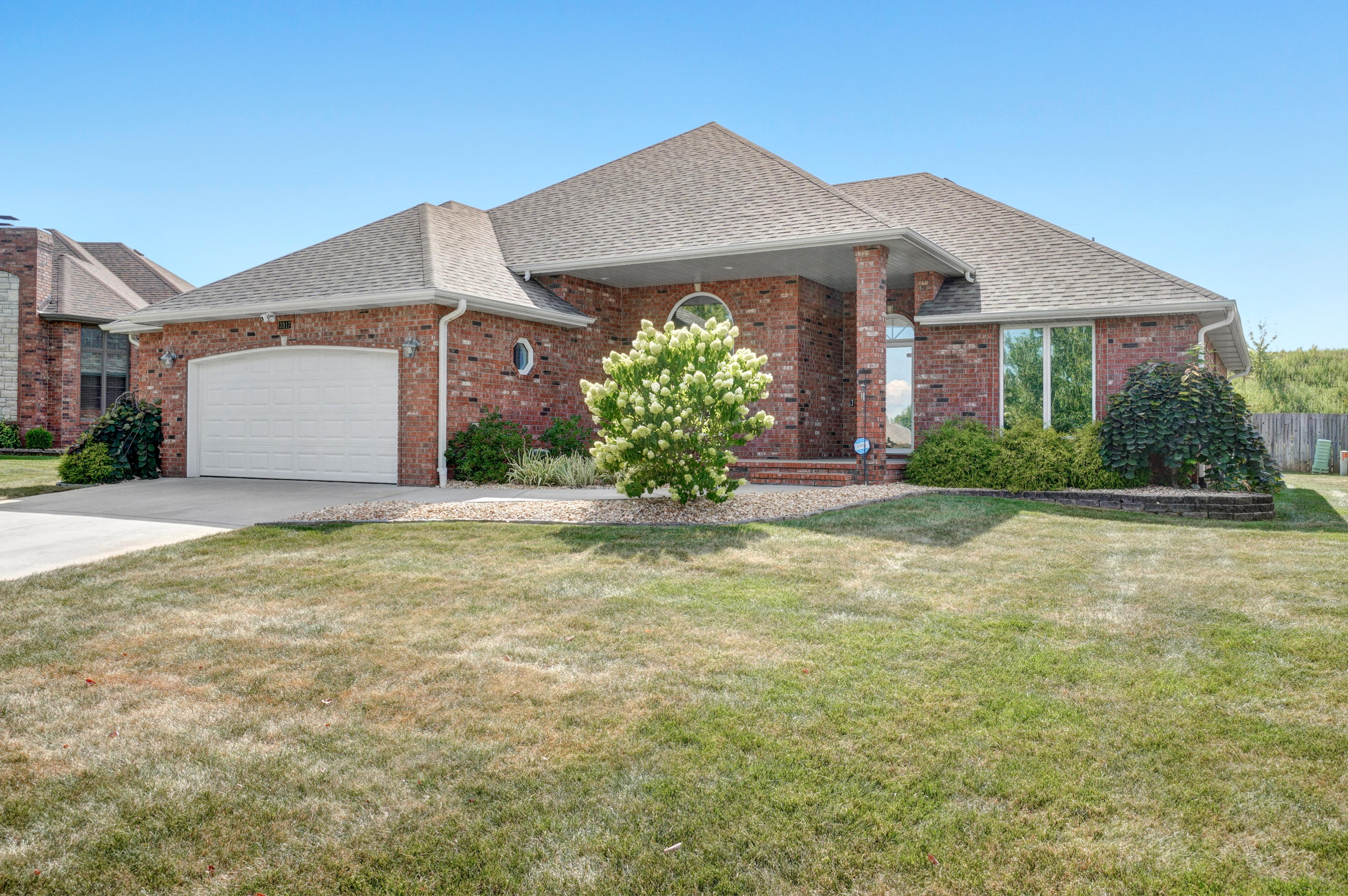 3917 South Tolliver Avenue Springfield, MO 65807