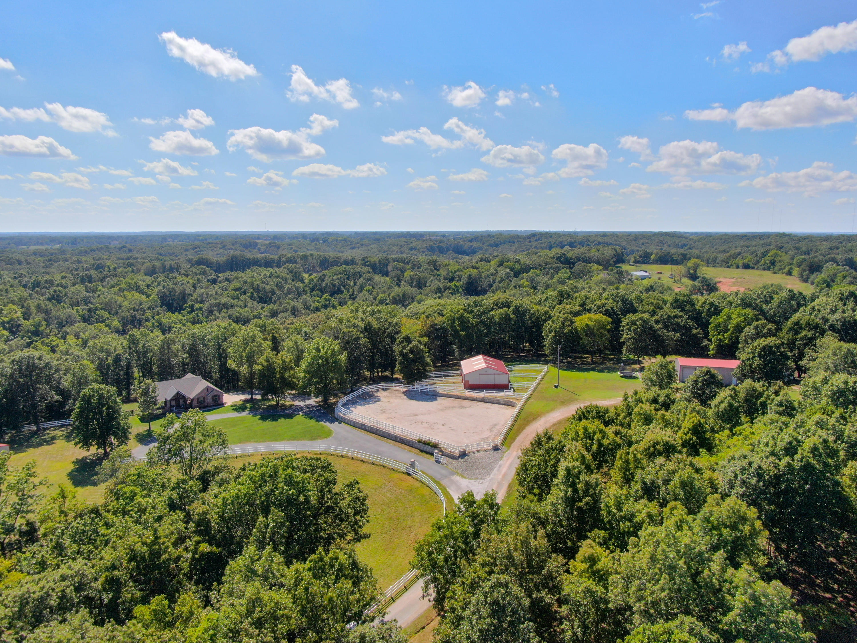 2029 Moon Valley Road Ozark, MO 65721