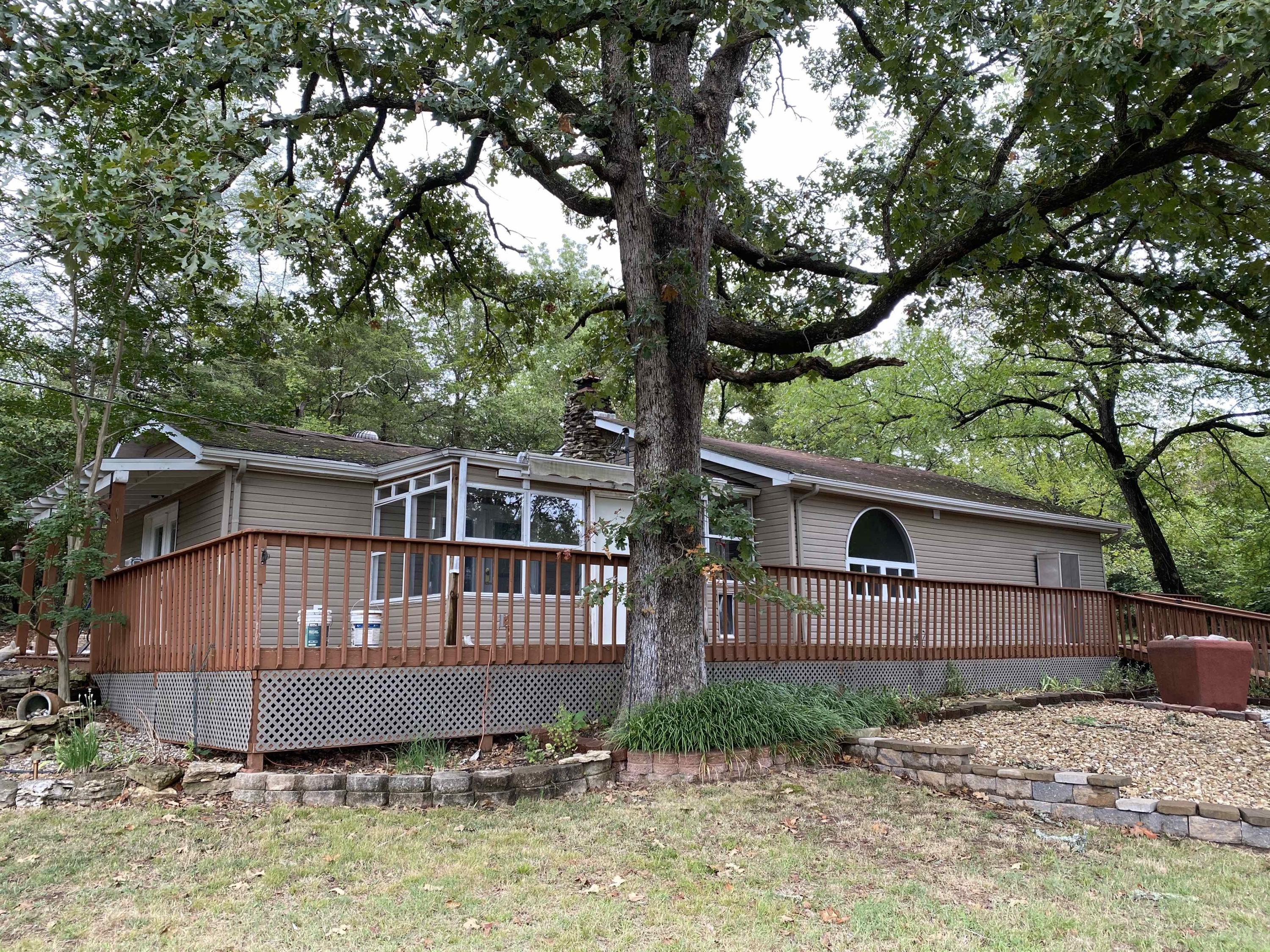2301 Yandell Cove Road Kirbyville, MO 65679
