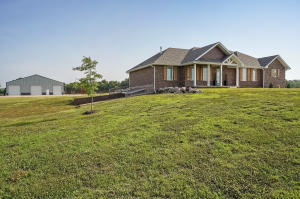 14273 West Farm Road 174, Republic, MO 65738