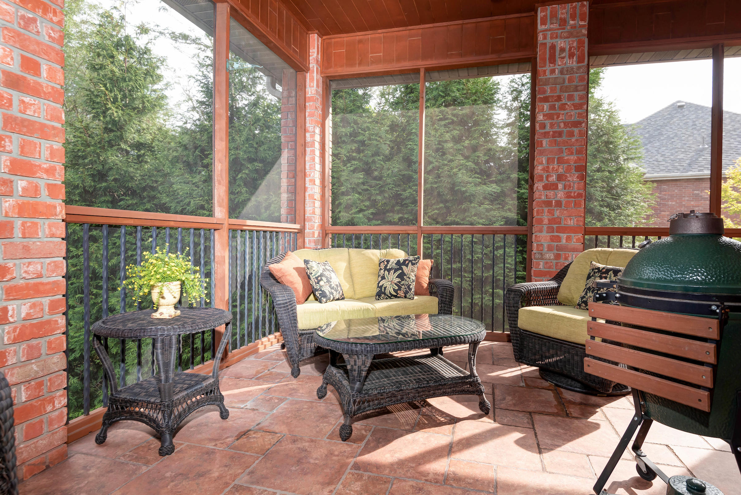6049 South Lookout Ridge Drive Ozark, MO 65721