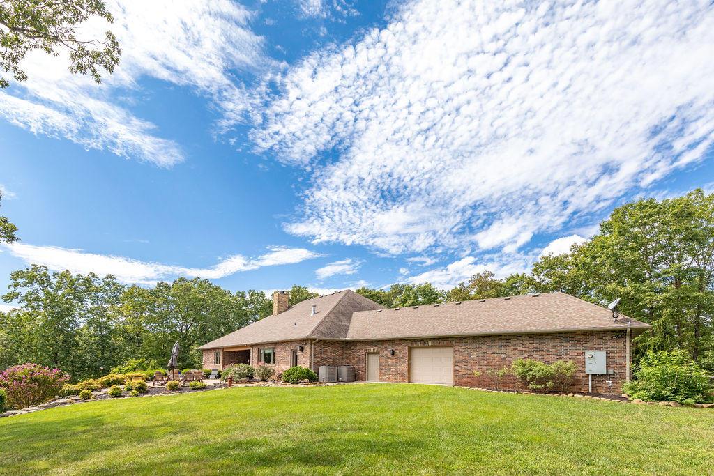 158 Matthew Road Reeds Spring, MO 65737