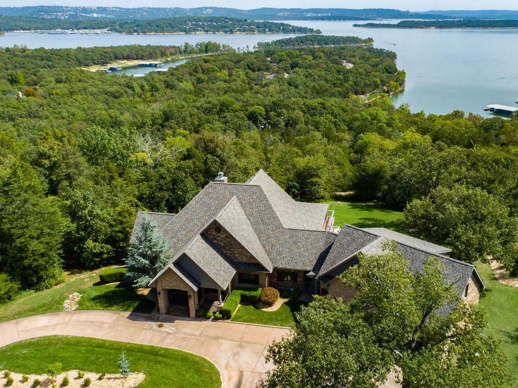 298 Lake Bluff Drive Branson West, MO 65737