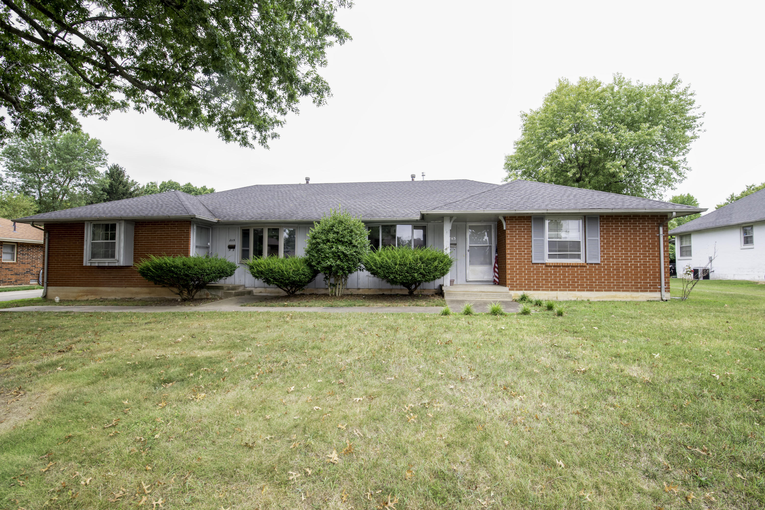 2113 South Barcliff Avenue Springfield, MO 65804