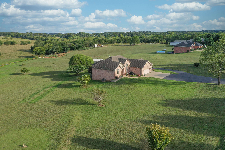 3658 North Farm Road 89 Willard, MO 65781