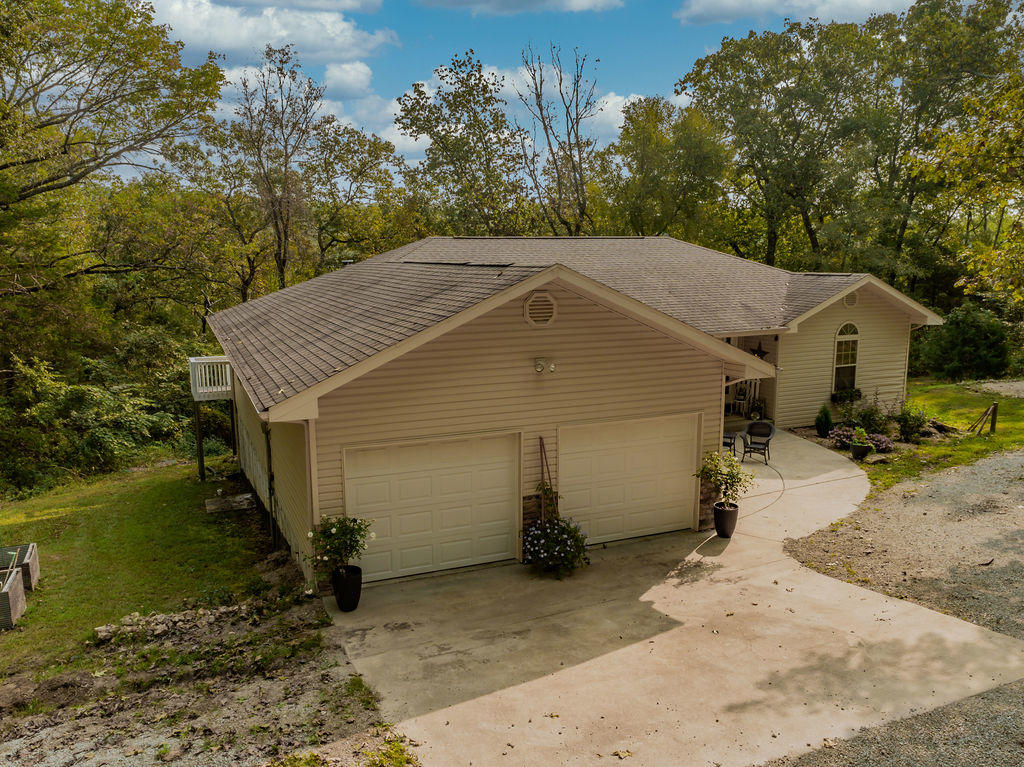 555 Powell Road Kirbyville, MO 65679