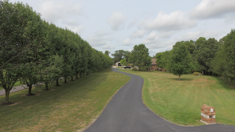 1731 Willow Wood Drive Nixa, MO 65714
