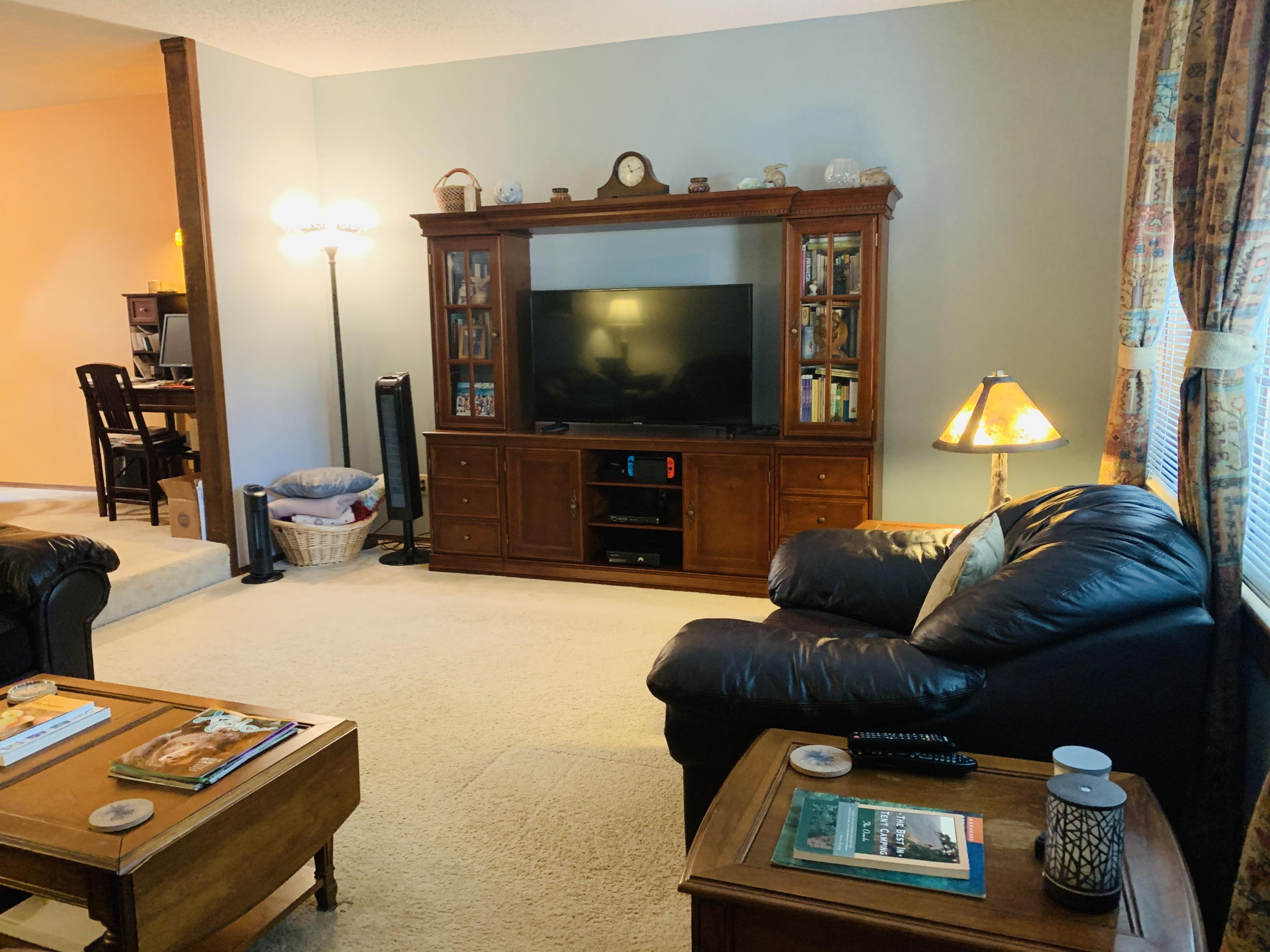3856 South Crystal Place Springfield, MO 65807