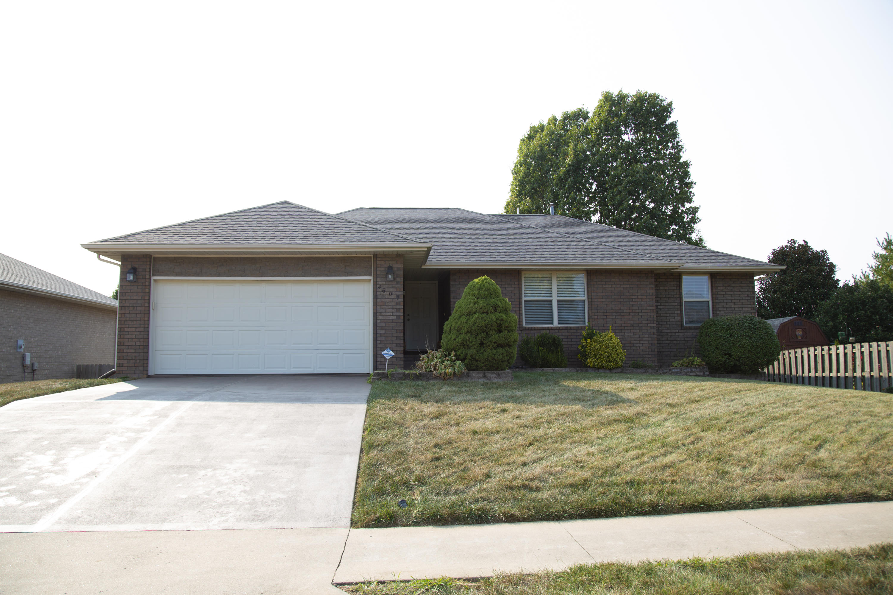 4607 South Ridgeview Avenue Battlefield, MO 65619