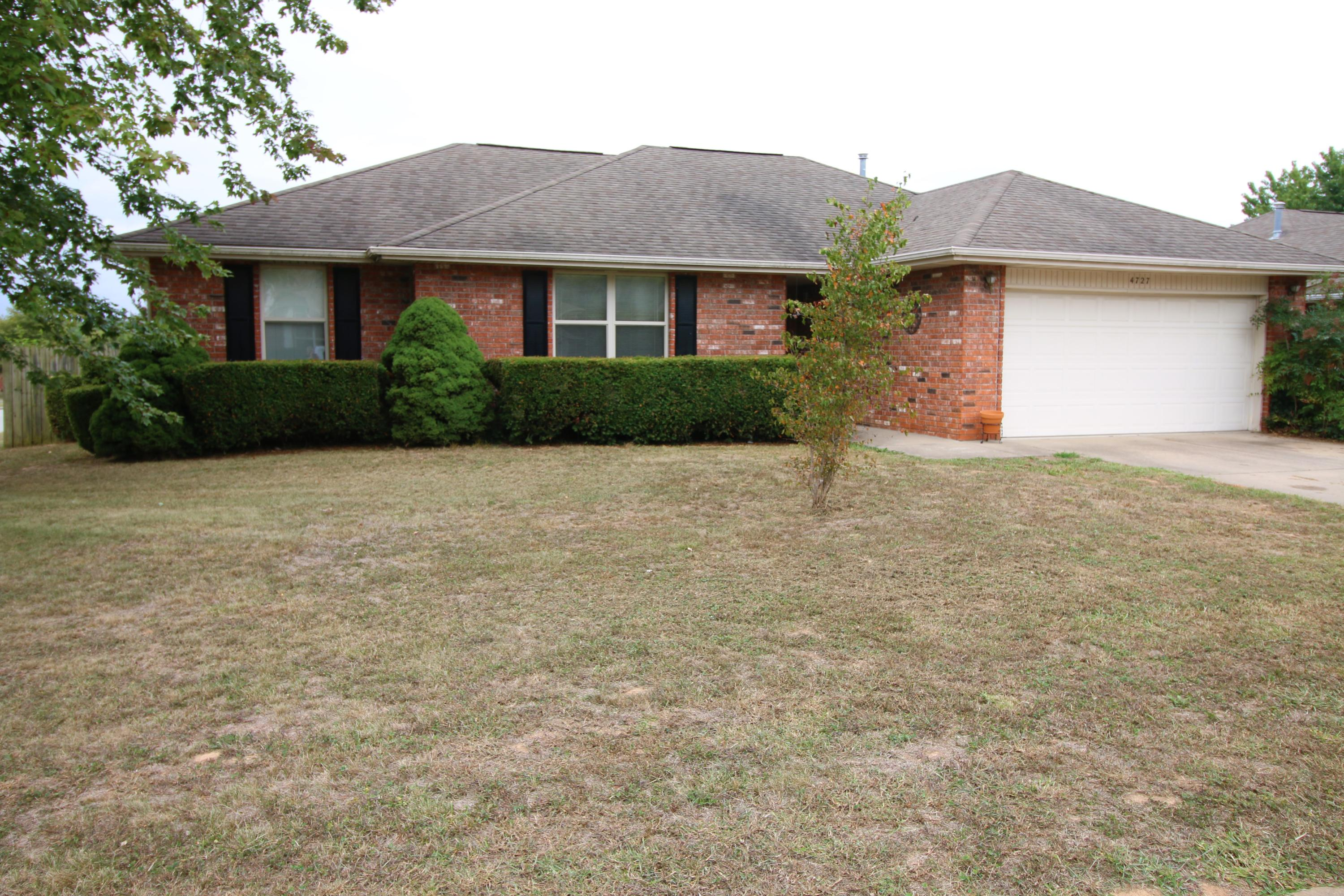 4727 South Ridgeview Avenue Battlefield, MO 65619