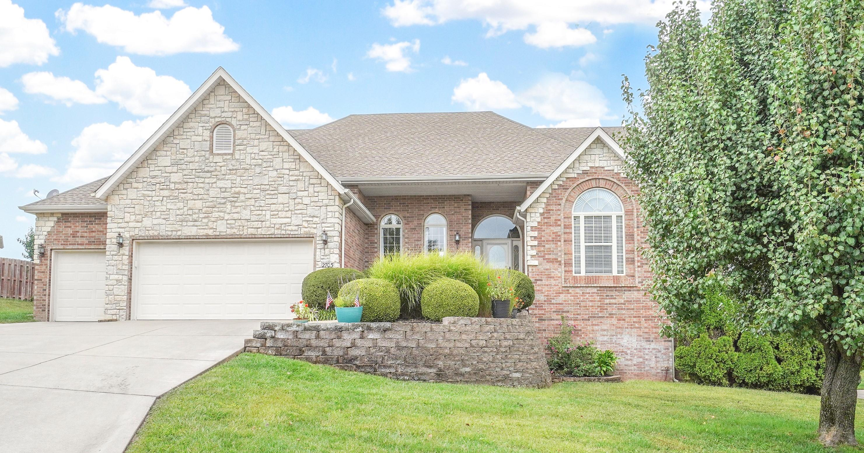 2703 West Trevor Trail Ozark, MO 65721