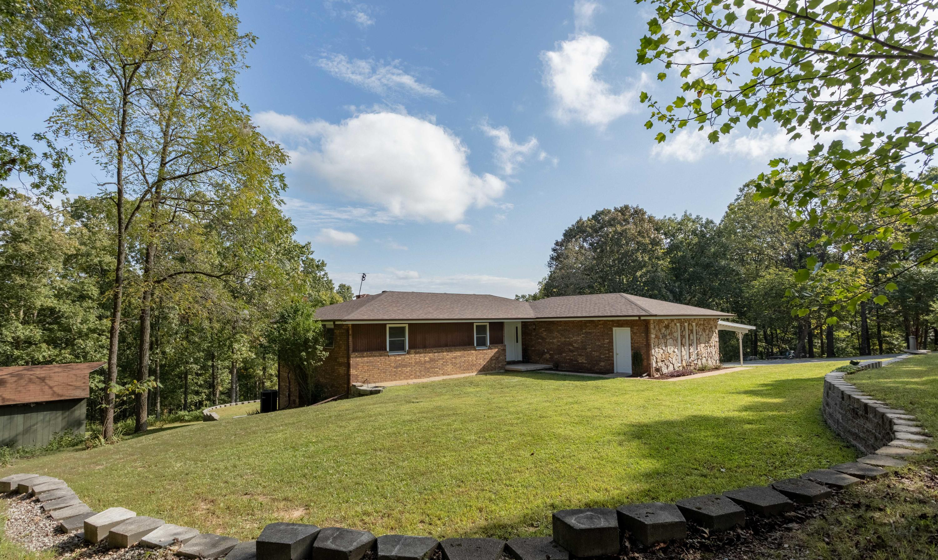 11772 State Hwy. 176 Walnut Shade, MO 65771