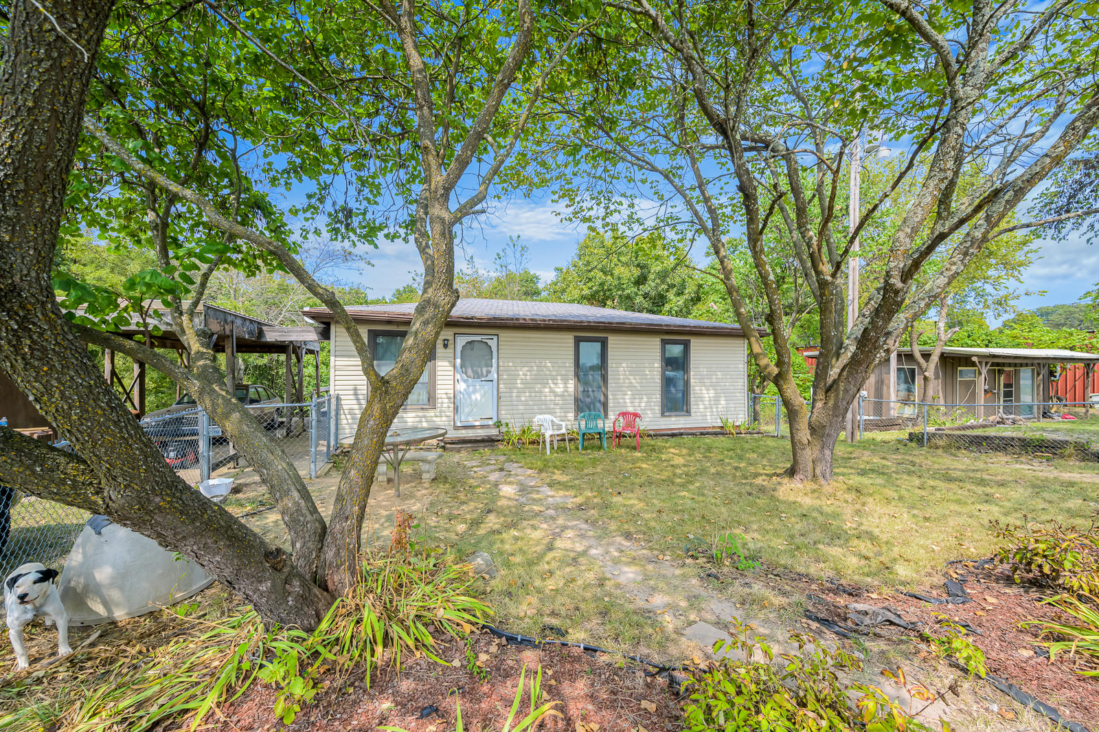 15327 Business Branson West, MO 65737