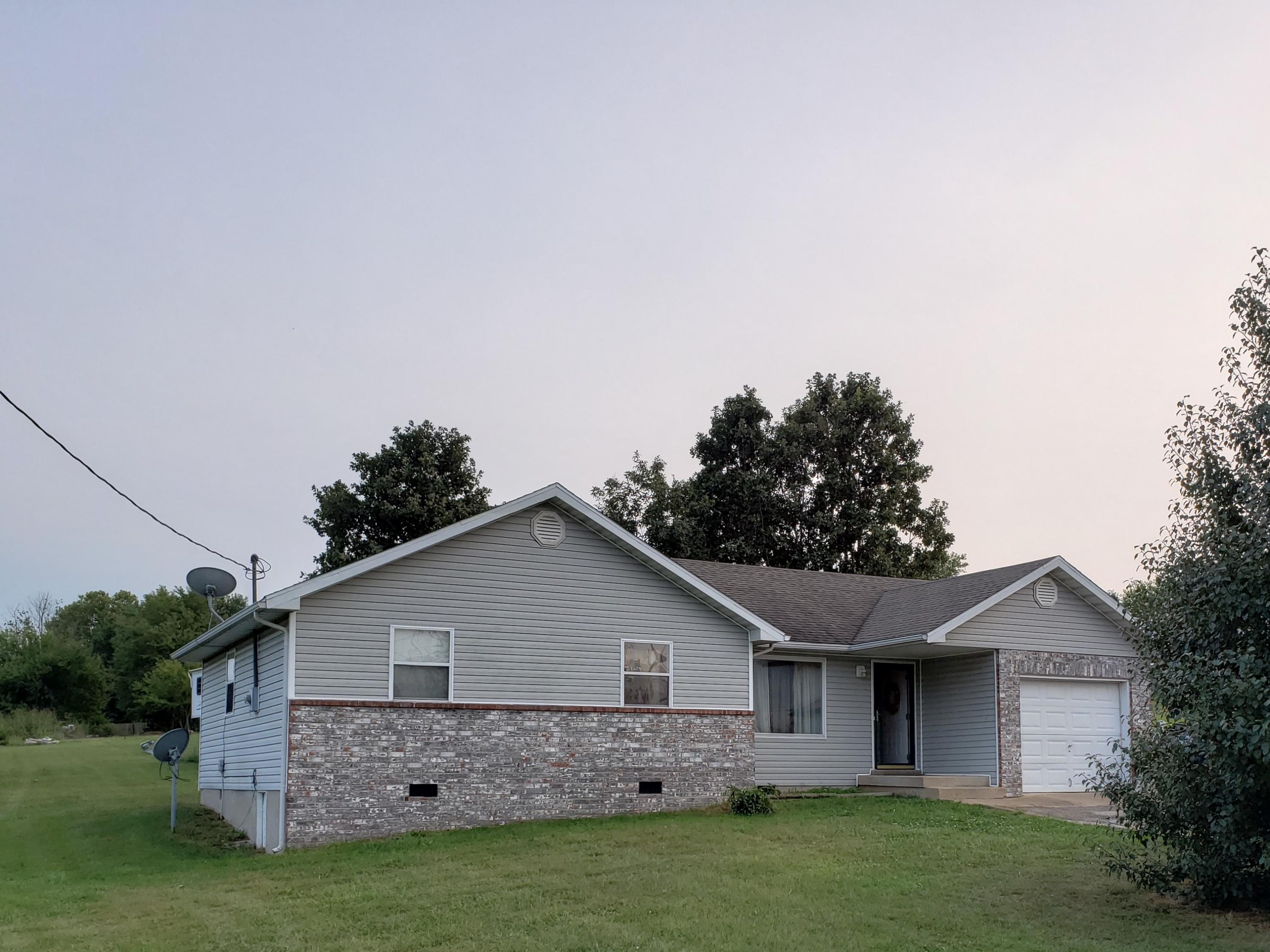 150 East Chestnut, Fair Grove, Missouri 65648