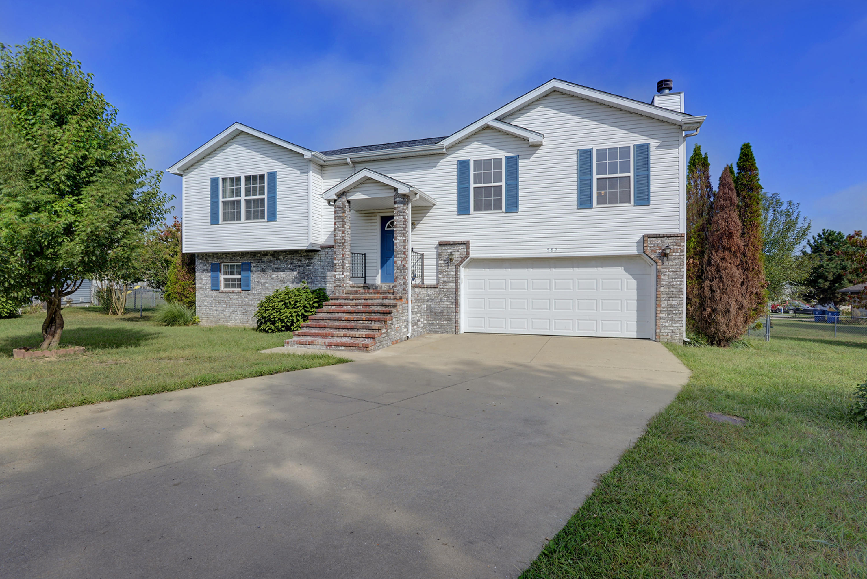 582 Clever Heights Court Clever, MO 65631