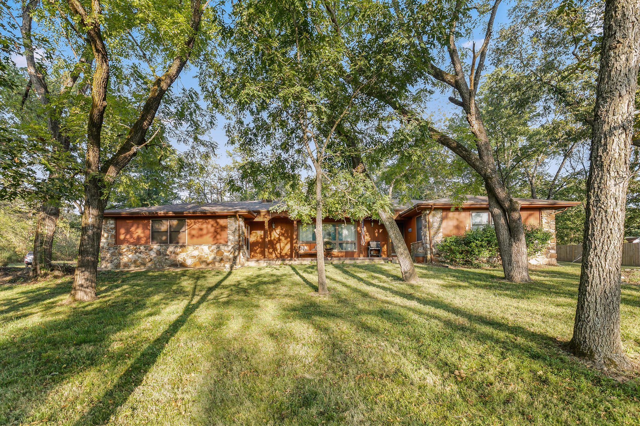 125 Country Hills Road Branson, MO 65616