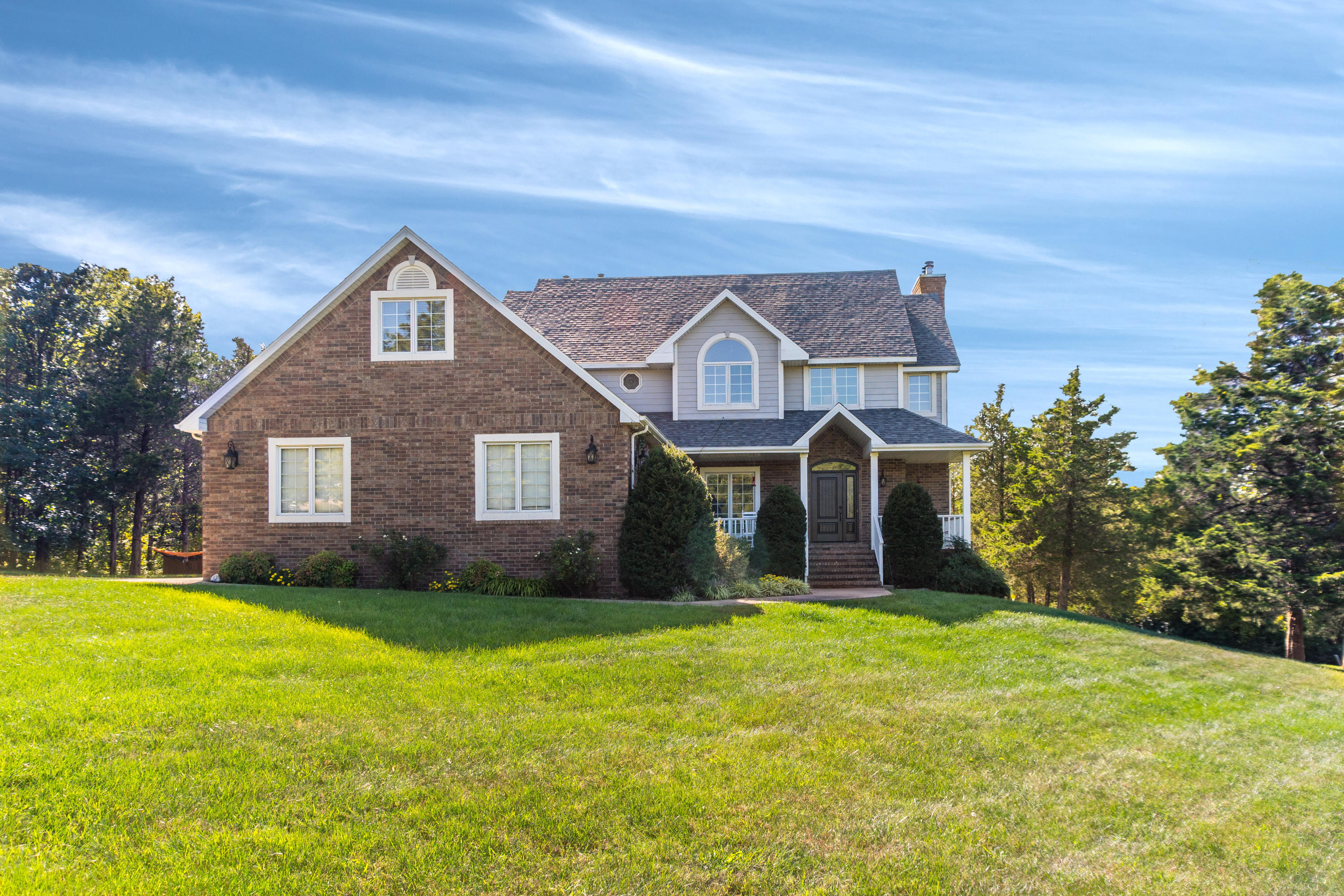 807 South Stanford Drive Rogersville, MO 65742