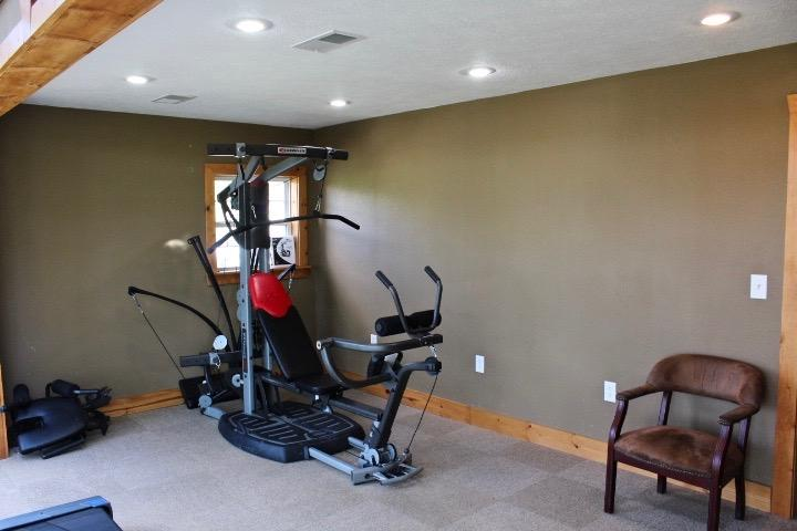 18 Rocking Chair Loop Branson, MO 65616