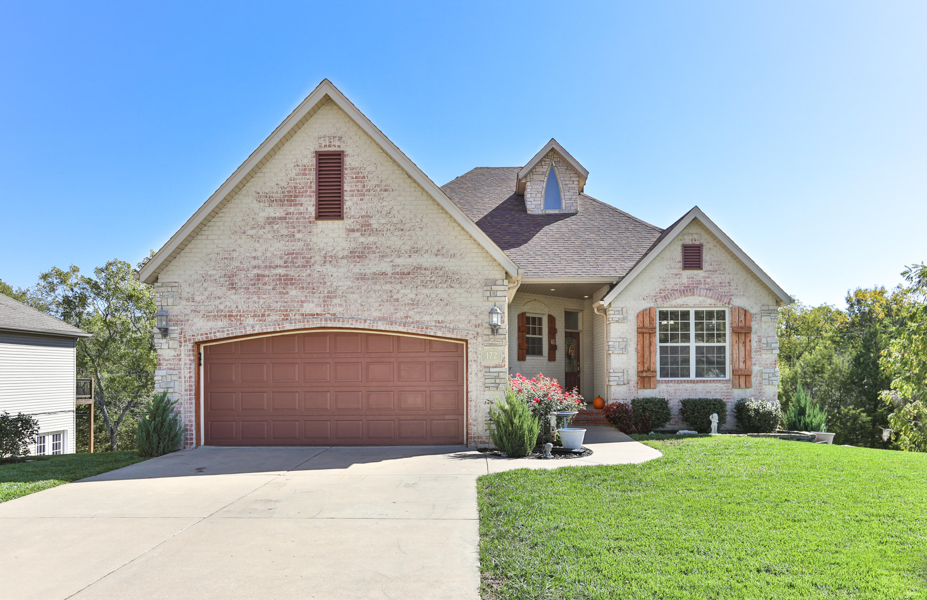172 South Peach Brook Nixa, MO 65714