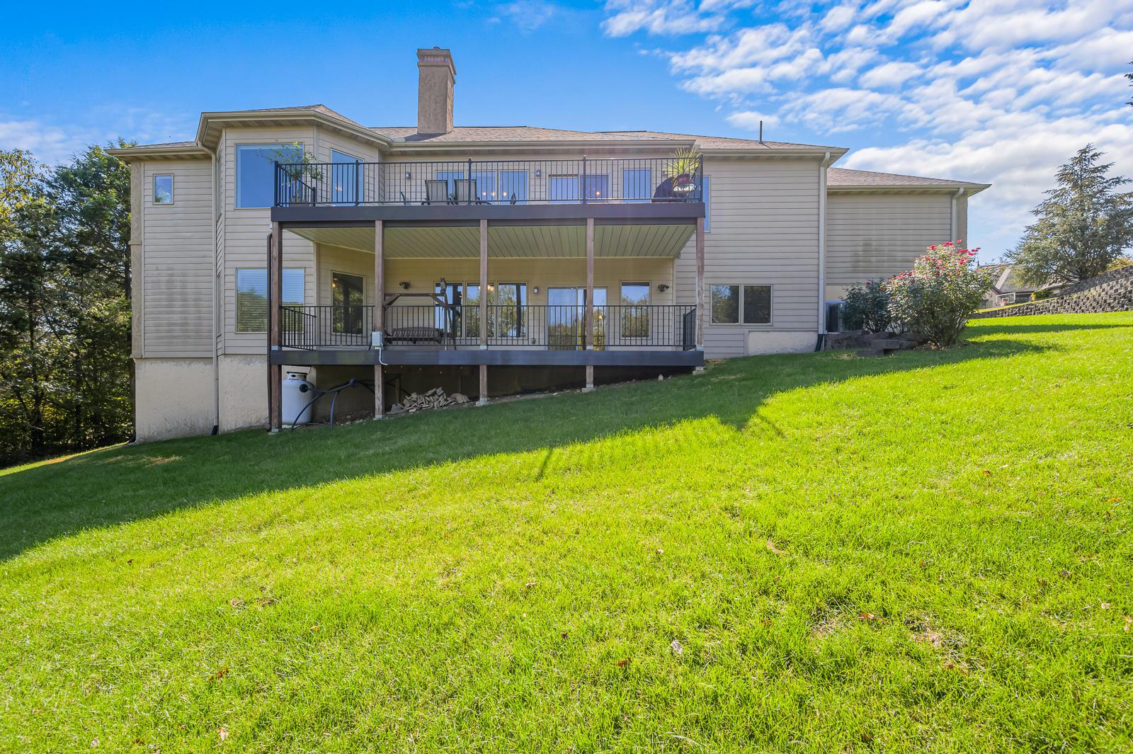 145 Roark Hills Drive Branson, MO 65616