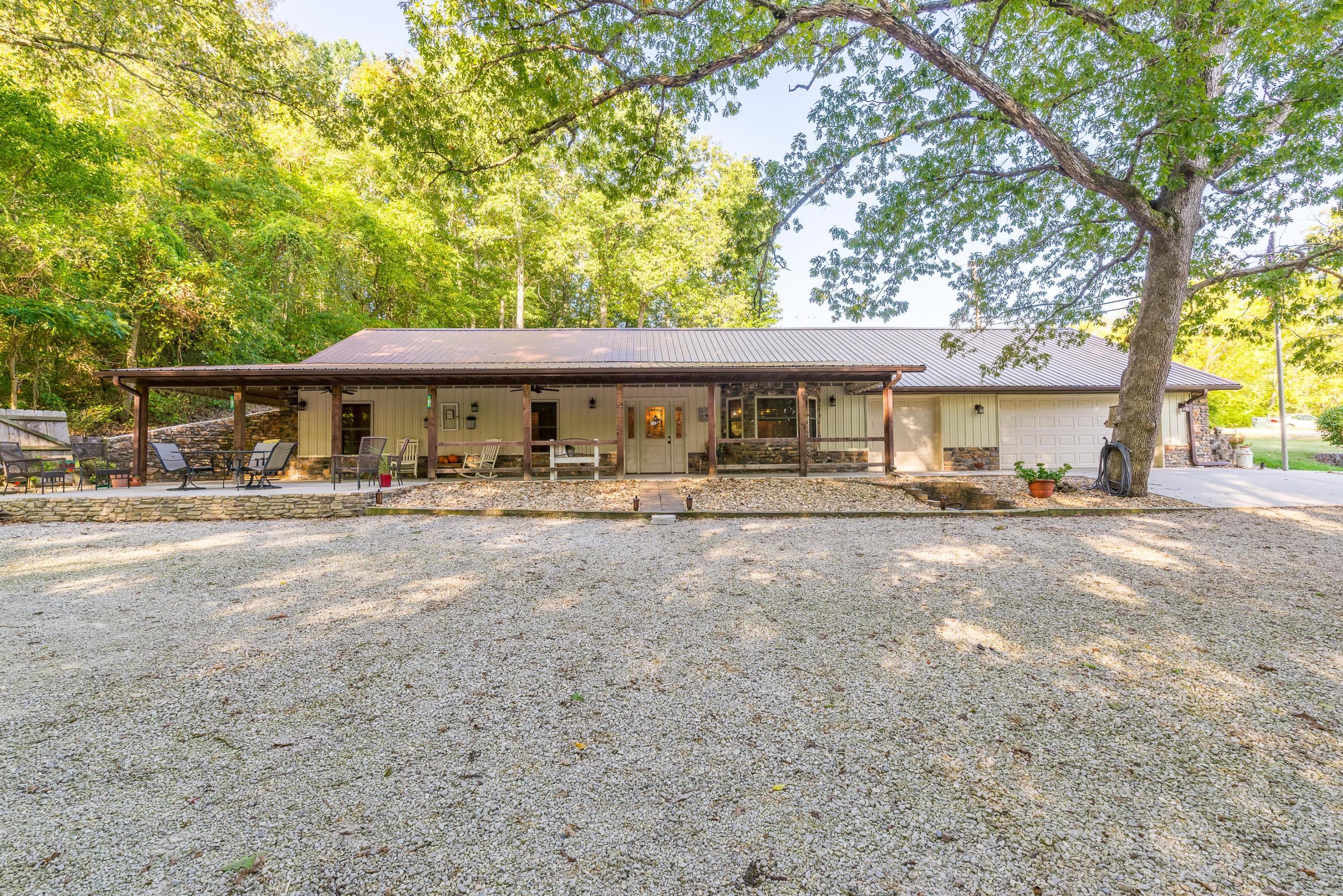 556 West State Hwy 248 Galena, MO 65656