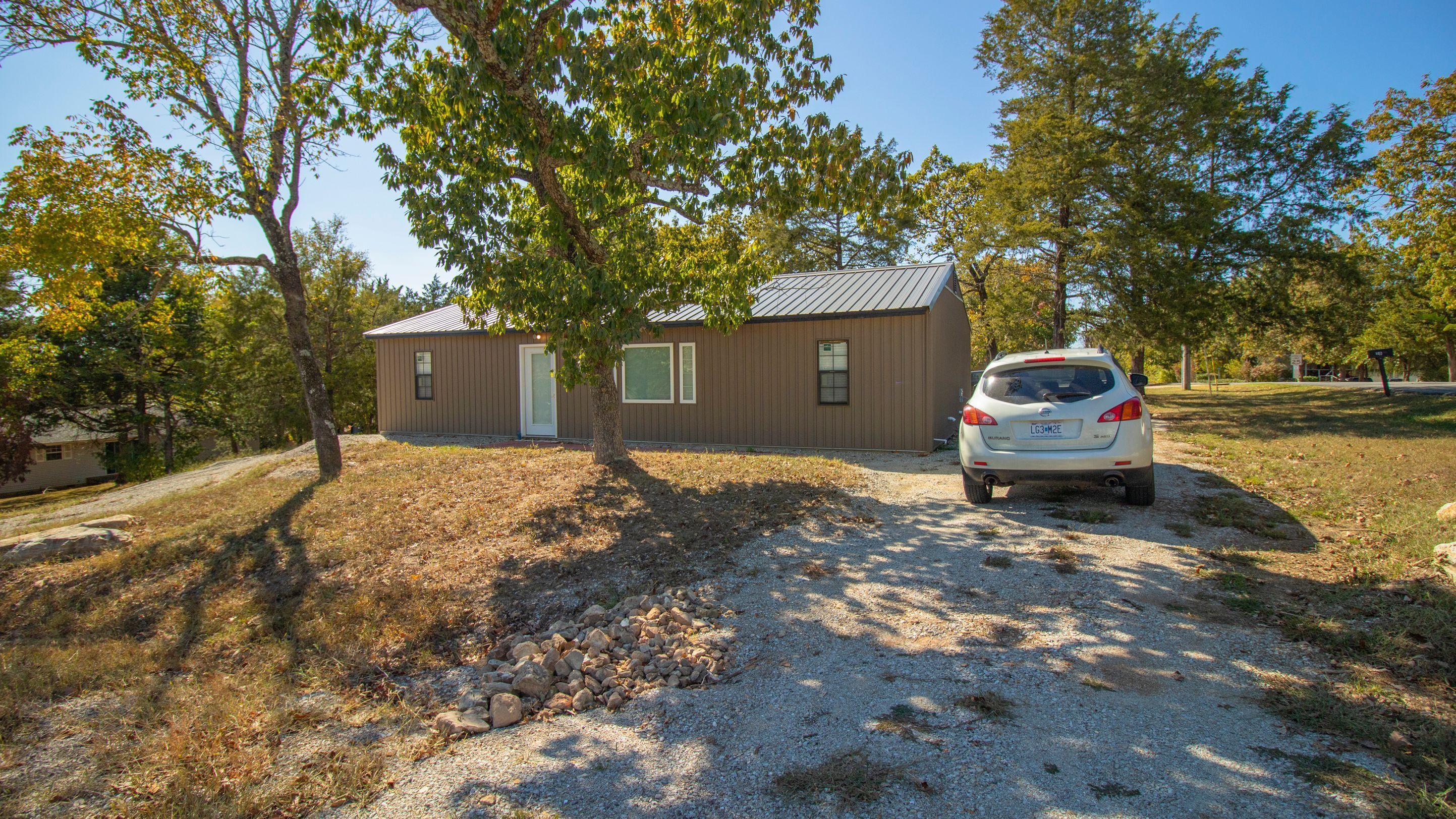 883 Santana Circle Reeds Spring, MO 65737