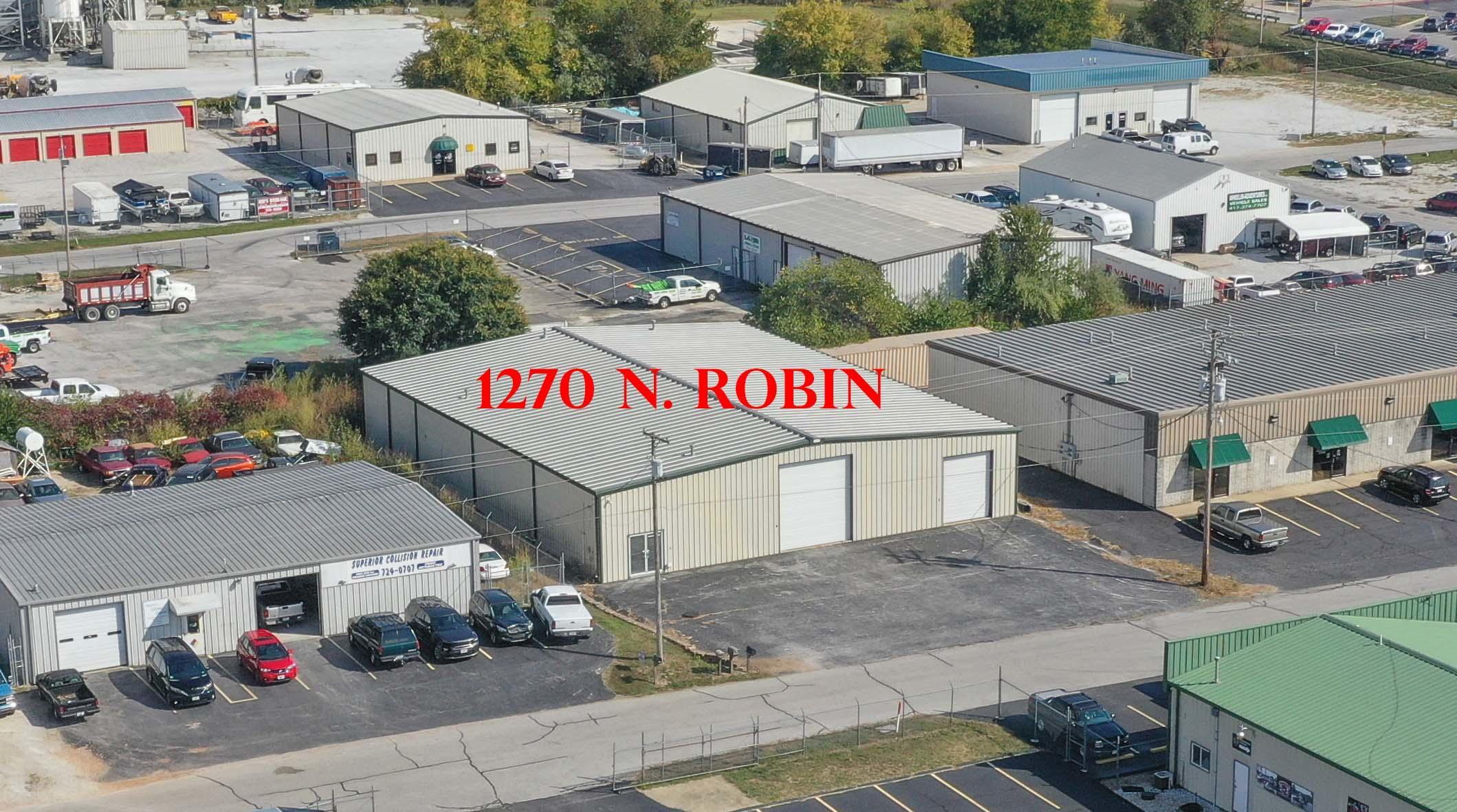 1270 North Robin Street Nixa, MO 65714