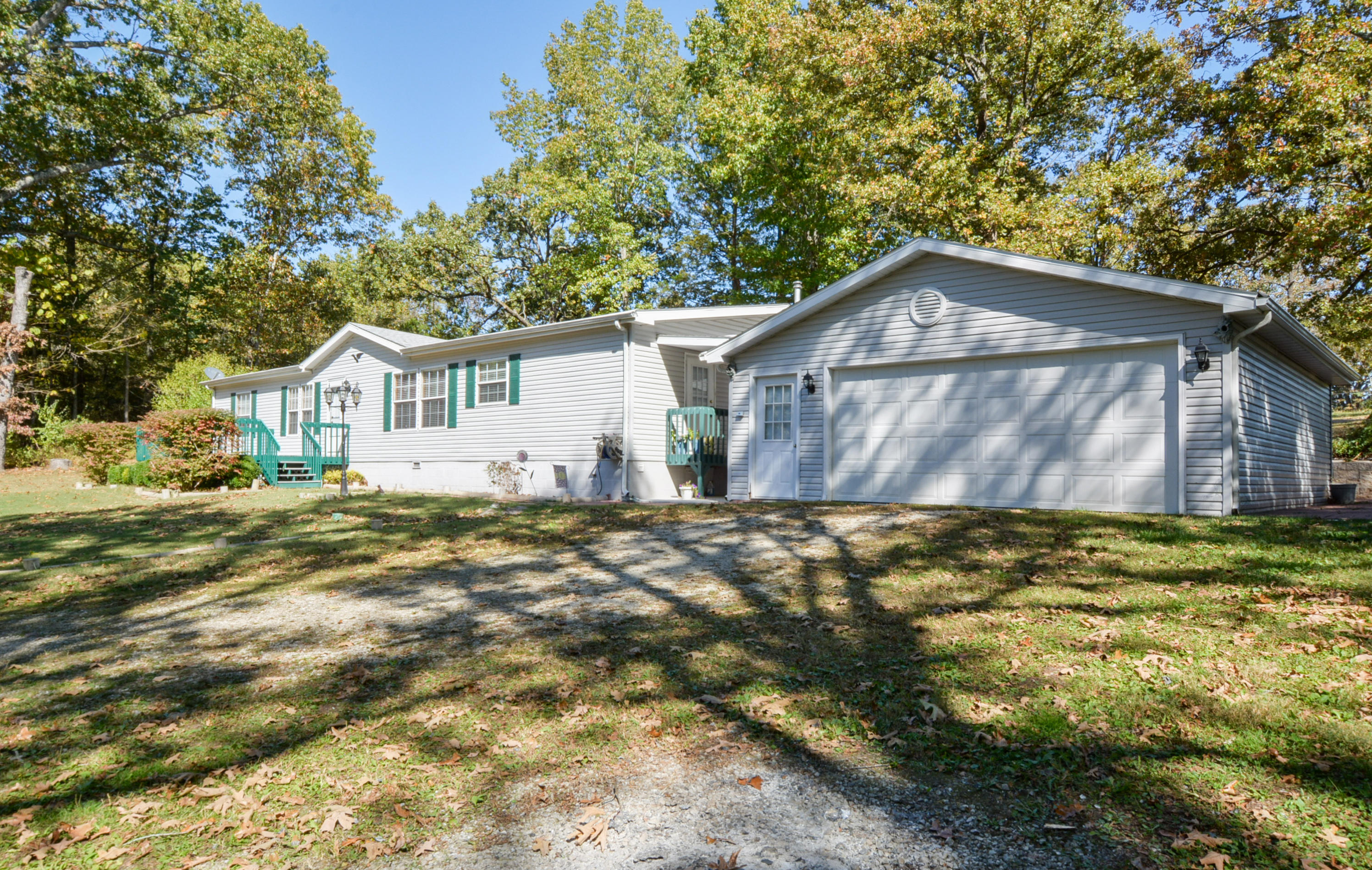 210 Castle Rock Drive Kissee Mills, MO 65680