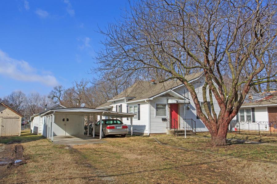 813 North Warren Avenue Springfield, MO 65802