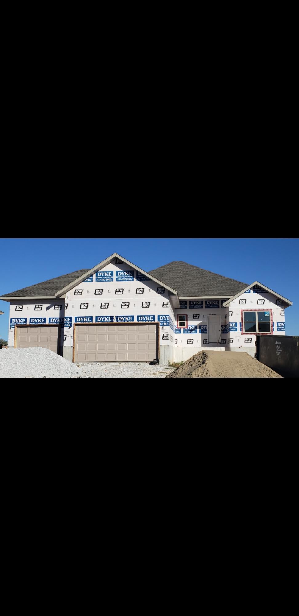 594 South Elegant Drive Nixa, MO 65714