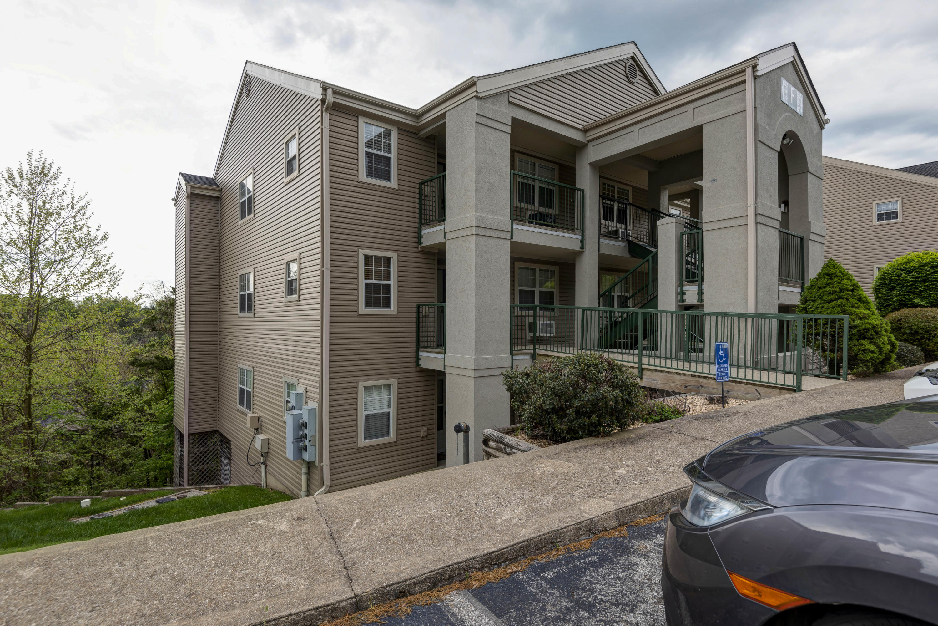 555 Valley View Road UNIT 302 Branson, MO 65616