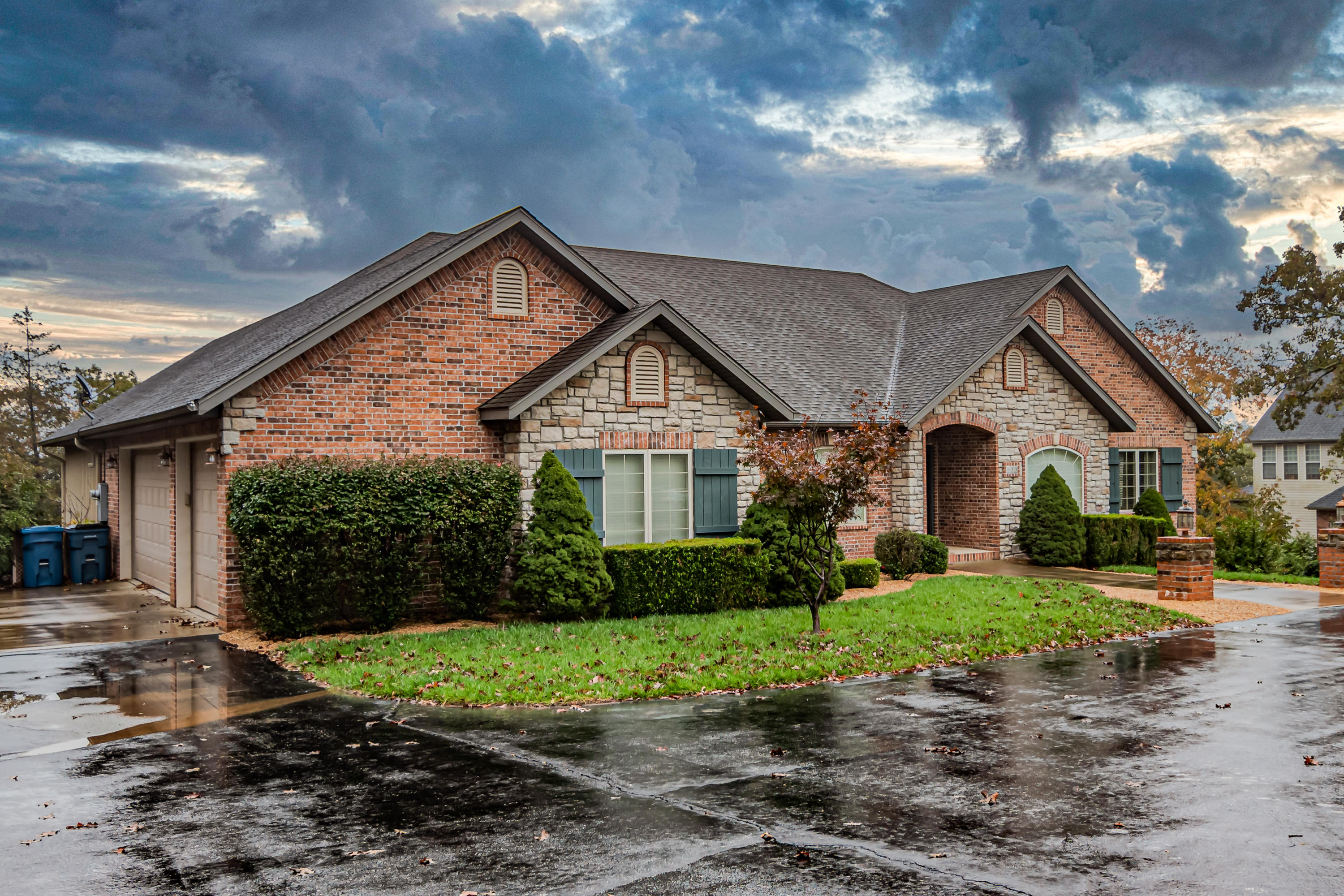 633 Meadow Lane Branson, MO 65616