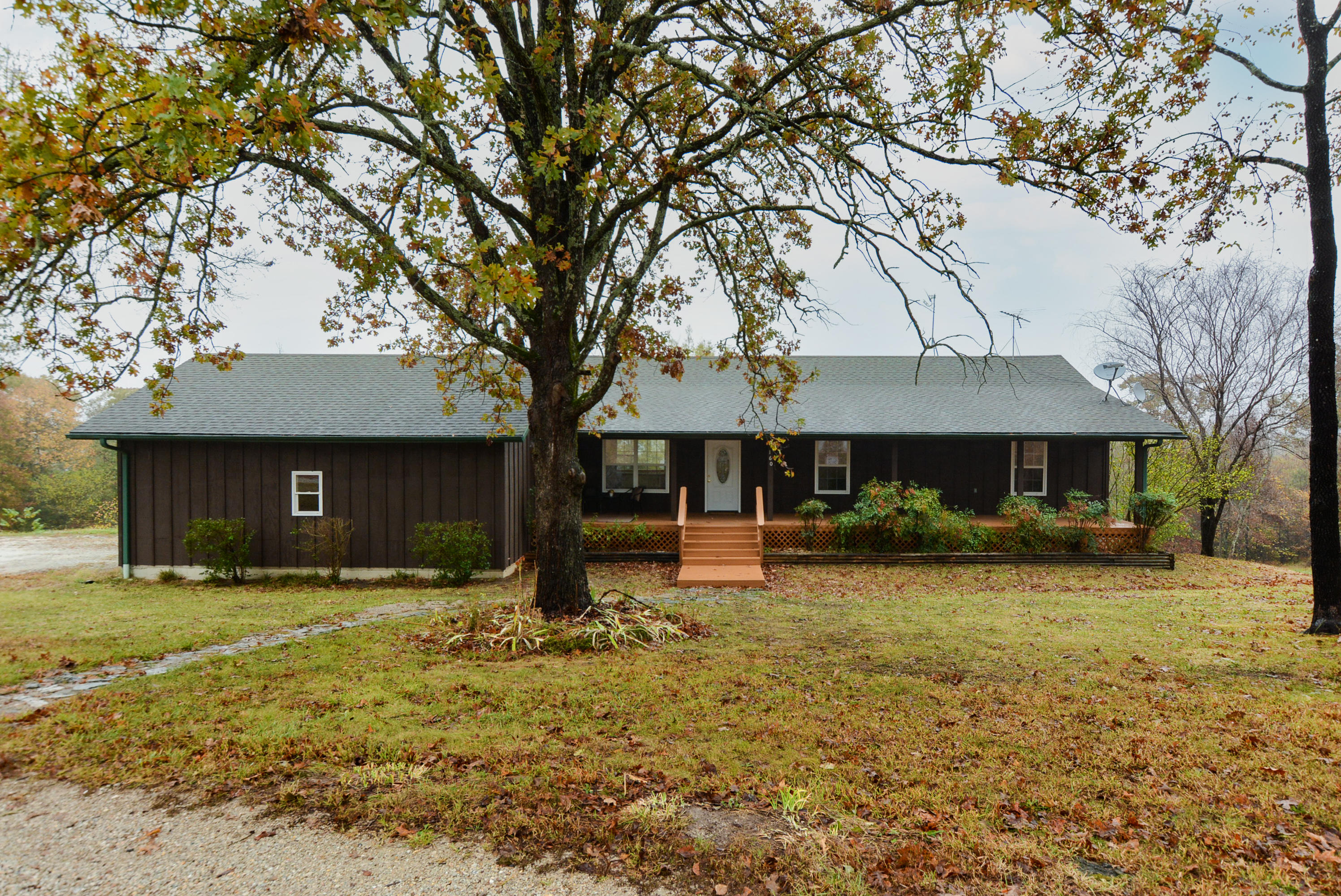 160 Bertie Day Road Forsyth, MO 65653