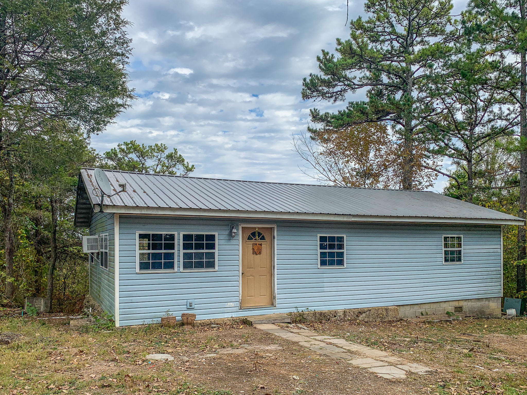 236 Sim Cemetery Lane Gainesville, MO 65655