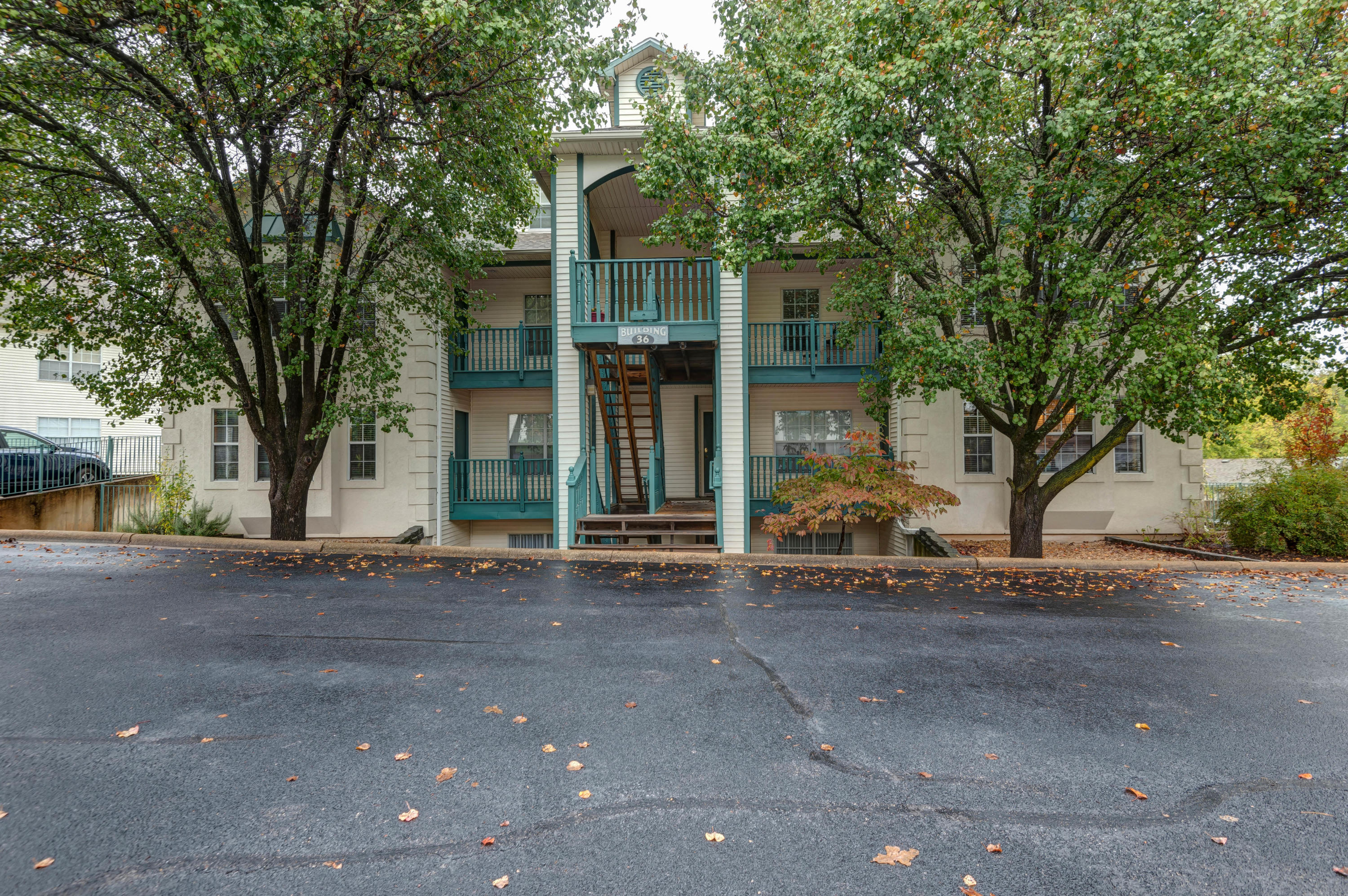 149 The Bluffs UNIT 6 Branson, MO 65616