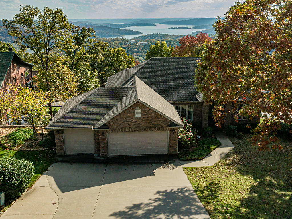 200 Ridgeview Road Branson West, MO 65737